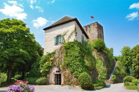 Thrifty Travel Mama | Hornberg - Castle Ruins for Kids